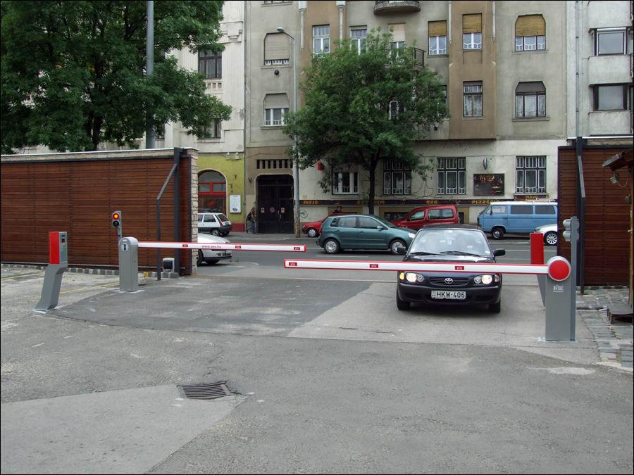 DITEC sorompó és fizető parkoló rendszer